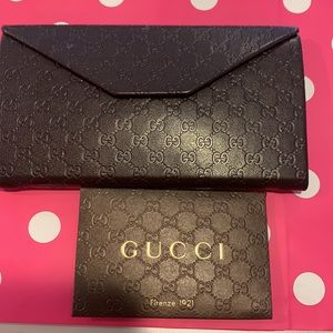 Gucci sunglasses case and envelope & card